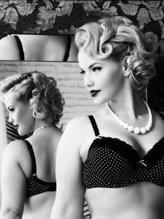 ::pin up girl::pin up model::gorgeous woman:: love all body types::healthy is the new skinny::beauty::confidence::woman::lingerie:: Girls Image, Pin Up Girls, Hot Girls, Boudoir Photos, Boudoir Photography, Poses, Beautiful People, Beautiful Women, Gorgeous Girl