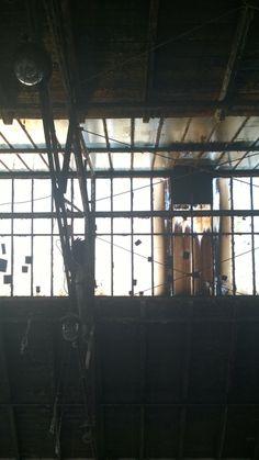 Dach w budynku Starej Fabryki Drutu. Gliwice