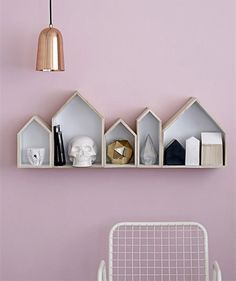 Pale pink, copper, and the cutest little house shelves - Allura Inspiration House Shelves, Box Shelves, Wall Shelves, House Wall, Open Shelves, Display Shelves, Ideas Hogar, Ideias Diy, Pink Walls