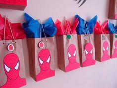 [anuncios]  Fiesta de Cumpleaños de Spiderman Paso a Paso Una de nuestras amigas y seguidora de nuestro blog y facebook nos mandó un mail para contarnos que sus sobrinos cumplían años …