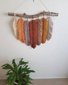 macrame plant hanger+macrame+macrame wall hanging+macrame patterns+macrame projects+macrame diy+macrame knots+macrame plant hanger diy+TWOME I Macrame & Natural Dyer Maker & Educator+MangoAndMore macrame studio Macrame Design, Macrame Art, Macrame Projects, Macrame Knots, Art Projects, Yarn Wall Art, Yarn Wall Hanging, Macrame Wall Hanging Patterns, Macrame Patterns