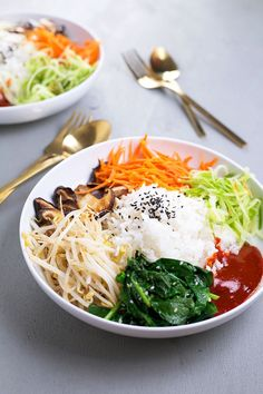 Vegan Korean Bibimbap by crazyvegankitchen: A classic Korean dish of rice and seasonal sauteed vegetables, served with a spicy Gochujang chilli sauce. #Bimbimbap #Vegan #Healthy