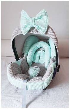 Maxi Cosi Cabrio complete bekleding – mintgroen – grijs – wafel Travel in style! A complete set for your Maxi Cosi Cabrio and it is like new in mint green and light gray waffle. Handmade from Wazzhappening and possibly in all kinds of color compositions. My Baby Girl, Our Baby, Baby Planning, Baby Necessities, Everything Baby, Baby Needs, Baby Furniture, Baby Time, Baby Decor