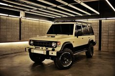 MohenicG Sahara for Expedition Mitsubishi Suv, Pajero Off Road, Dodge, Mechanic Shop, Jeep Cj7, 4x4 Off Road, Campervan, Cars And Motorcycles, Offroad