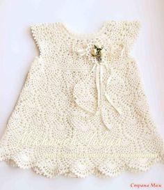 Опрос проходил здесь http://www.stranamam.ru/  Это одно и то же платье.  Рост маленькой куклы 50 см и обхваты соответствуют обхватам ребенка на о-3 м(стандартным). Рост большой куклы 92 см.