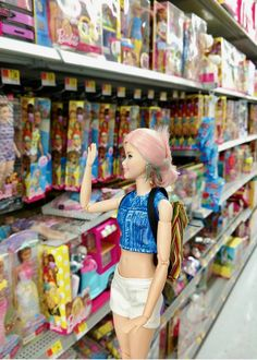 Barbie Life, Barbie World, Monster High Boys, Made To Move Barbie, Realistic Dolls, Barbie Collector, Barbie Furniture, Fun Crafts For Kids, Pretty Dolls