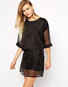 Pippa Lynn Boxy T-Shirt with Organza Sleeve
