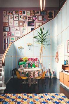 Gostei da ideia da escada e utilização de espaço! ;)
