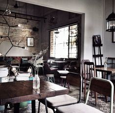 Bâng khuâng cafe photo by Parrot Flying, Coffee Restaurants, Outdoor Cafe, Coffee Shop Design, Cafe Bar, Wood Projects, Rustic, Ideas, Interior