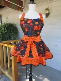 Halloween PumpkinsnStars 2 Tiered Retro Style by SewMammaSew, $55.00