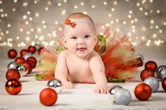 5 month christmas picture of my baby girl! 5 month christmas picture of my baby girl! First Christmas Photos, Xmas Photos, Christmas Portraits, Baby Girl Christmas, 1st Christmas, Infant Christmas Photos, Baby Christmas Pictures, Winter Baby Pictures, Baby Christmas Photoshoot