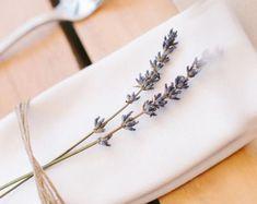 Wedding: rustic-chic decor Country wedding deco diy table Source by Trendy Wedding, Fall Wedding, Rustic Wedding, Dream Wedding, Wedding Reception, Reception Table, Wedding Simple, Diy Wedding Deco, Post Wedding
