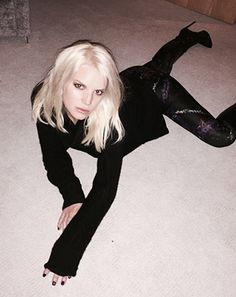 Jessica Simpson posted an unusual Instagram photo of herself sprawled out on a piece of carpet on Saturday, Dec. 6 -- see the goofy picture!