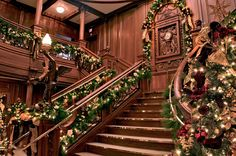 Christmas In The Smoky Mountains - Pigeon Forge Titanic is bringing snow and many other great events throughout Pigeon Forge Winterest... read more at http://www.cabinsusa.com/smoky-mountains-blog/post/5/tennessee-smoky-mountains-christmas.php