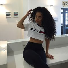 Cheap Silk Top Lace Wigs Brazilian Full Lace Wigs Loose Wave Density For Black Women Human Hair Wigs Curly Hair Styles, Natural Hair Styles, Casual Hairstyles, Curly Girl, Tumblr Girls, Fashion Killa, Hair Goals, My Hair, Girl Hair