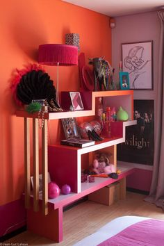 Cool storage idea for teenager's bedroom