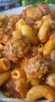 Cheesy Pasta Recipes, Sausage Pasta Recipes, Italian Sausage Pasta, Italian Sausage Recipes, Yummy Pasta Recipes, Chicken Pasta Recipes, Entree Recipes, Cooking Recipes, Dinner Recipes