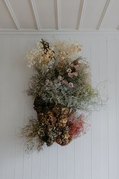This stunning dried floral installation by Floral Stylist for S I X F O U R Desert Rose Styled Shoot Dried Flower Arrangements, Dried Flowers, Floral Wedding, Wedding Flowers, Fresco, Flower Installation, Desert Rose, Floral Wall, Decoration