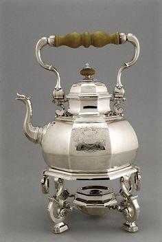 Tea Kettle on Tripod Table-Stand  1724–1725  English (London)Silver, wood  Simon Pantin I  (English, Rouen ca. 1680–1728 London)