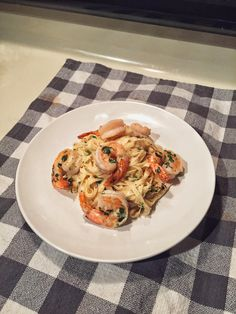 Shrimp Scampi with Linguine [OC] [2448x3264] #foodporn #food #foodie #yummy #yum #foodgasm #nomnom #delicious #recipe