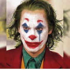 Joaquin Phoenix, Nicki Ledermann, and Todd Phillips in Joker Art Du Joker, Le Joker Batman, Joker Heath, Joker And Harley Quinn, Cosplay Del Joker, Joker Costume, Photos Joker, Joker Images, Joker Full Movie