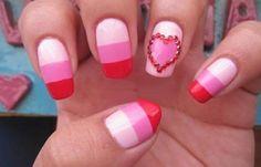 Diseños de uñas XV años, diseno de uñas de xv años con rayas.   #uñasdemoda #3dnailart #uñasfinas