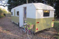 Vintage Classic Bluebird caravan 1960s 4 Birth