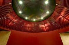Il tholos di colore rosso delle aule laboratorio del dipartimento di Informatica dell'Università degli Studi di Torino: un progetto dell'architetto Luca Moretto. Centro Piero della Francesca, corso Svizzera.  www.lucamoretto.it