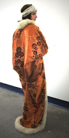 Paul Poiret Gown and Kimono Coat, 1911. Do I see shades of Charles Rennie McIntosh?
