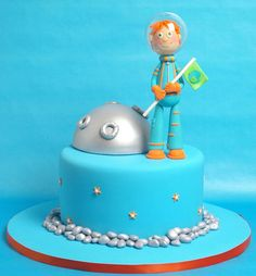 Moonwalker  Cake by Madamegateau