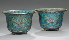 A PAIR OF GILT-BRONZE AND CLOISONNÉ ENAMEL JARDINIÈRES, CHINA, QING DYNASTY, 18TH CENTURY Chinese China, Chinese Art, Vases, Bronze, Antique Decor, Ceramic Planters, Stone Art, Decoration, Japanese Art