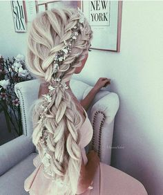 Top 20 braided hairstyles for summer 2017 - Beautiful long white hair wedding birdal