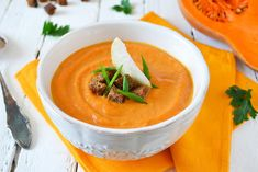 How to Make Homemade Pumpkin Puree | Try your hand at this easy pumpkin puree! You can use it to make a wide variety of yummy dishes.