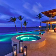 Spa and infinity pool with ocean view at 3 Kapalua Place, Maui, HI, USA