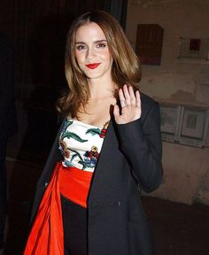 Emma Watson: Heads for Dinner in Paris -01