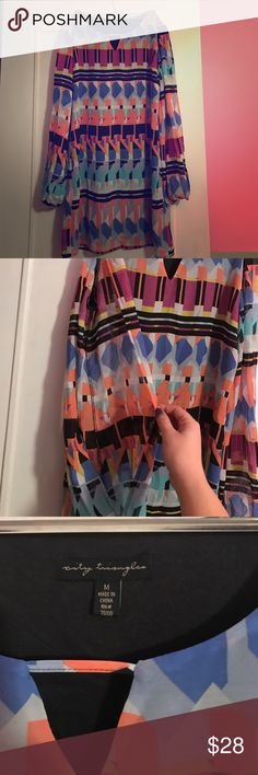 Geometric print shift dress City Triangles like new pullover dress. Geometric print in peach, blues, gray, purple, and yellow. Perfect for spring! Long sleeves with complete cutout and keyhole on front. City Triangles Dresses Mini