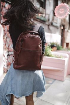 The hunt for an equally beautiful and functional backpack is over - the Mayte is it. Shop the link in our bio to snag yours! Backpack Straps, Leather Backpack, Leather Totes, Backpack Outfit, Fashion Backpack, All Fashion, Womens Fashion, Fashion Trends, Makes You Beautiful