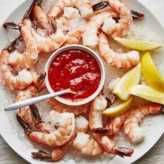 Shrimp cocktail is all about the shrimp: big, fat, perfectly cooked gorgeous shrimp. Here's how to make it at home with a simple poaching method and easy sauce. Best Shrimp Cocktail Recipe, Cocktail Recipes, Cocktail Sauce, Cocktails, One Bite Appetizers, Appetizer Recipes, Appetizer Ideas, Shrimp Recipes, Shrimp Appetizers