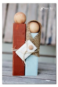 here's how to make a diy simple wooden nativity set - this is a perfect christmas craft idea - maybe even give away as neighbor gifts?? - - Sugar Bee Crafts