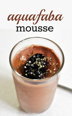 Aquafaba Mousse Aquafaba Recipes, Baking Recipes, Dessert Recipes, Recipe Boards, Calorie Counting, Delicious Desserts, Yummy Treats, Frozen Treats, Frozen Yogurt