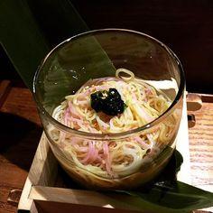 食事 三色素麵 麵上放了一點鮮海苔三兩下唏哩呼嚕地就吃完了 #hkfood #foodie #japanesefood #kaisekiryori #kaiseki #somen by cat_kwc