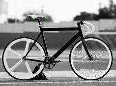 Creative Enthusiasm, Documented, and Fixie image ideas & inspiration on Designspiration Velo Vintage, Vintage Bikes, Cool Bicycles, Cool Bikes, Course Vintage, Bici Fixed, Vw Minibus, Fixed Gear Bicycle, Fixed Wheel Bike
