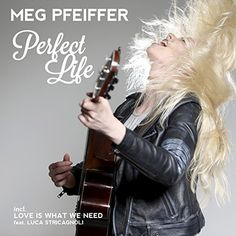 Perfect Life (ESC Convention & Acoustic-Edition) Astral M... https://www.amazon.de/dp/B0725CL8ZT/ref=cm_sw_r_pi_dp_x_FYIezb5CD3YRA