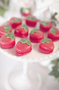 ... macaron recipes! This one's Raspberry Mascarpone. :) | Pinterest