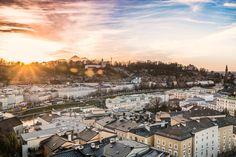 Das Wetter in Salzburg bessert sich im Hinblick aufs Wochenende deutlich. Jedoch müssen wir bis dahin immer wieder mit lokalen kräftigen Schauern und Gewittern rechnen.