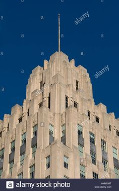 Download this stock image: Top of the RJ Reynolds building (1929). Art Deco Stle Architecture. Winston Salem, NC - H4MDMT from Alamy's library of millions of high resolution stock photos, illustrations and vectors.