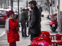 STREETS IN COLOR PHOTOGRAPHY  Lady in red  Milano Photographer:  Tommik Bosek