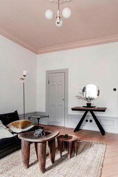 Pink Ceiling, Room Design, Decor, Living Room Decor, Minimalist Living Room Decor, Home, Interior, Living Room Designs, Room