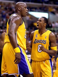 101 Kobe Bryant Style, Fashion & Looks - Fazhion Basketball Legends, Sports Basketball, Basketball Players, Basketball Pictures, Basketball Rules, College Basketball, Kobe Bryant Family, Kobe Bryant 24, Shaq And Kobe