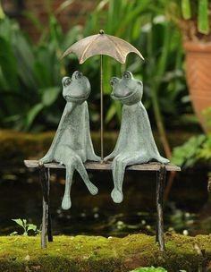 Веселые садовые скульптуры